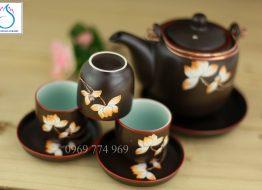 Bộ trà dáng Vại men nâu khắc hoa Sen