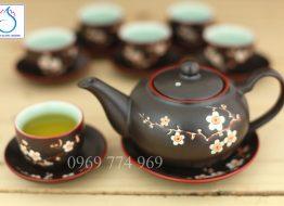 Bộ trà dáng quả Hồng men nâu khắc hoa đào