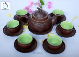 Bộ trà gốm khắc Trúc nâu lòng xanh