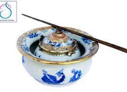 Bát điếu men Lam cổ vẽ sơn thủy hữu tình bọc đồng