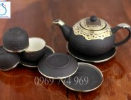 Bộ trà gốm tử sa ghi dáng Nhật bọc đồng Nga
