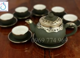 Bộ trà gốm tử sa xanh rêu dáng Hồng bọc đồng Nga