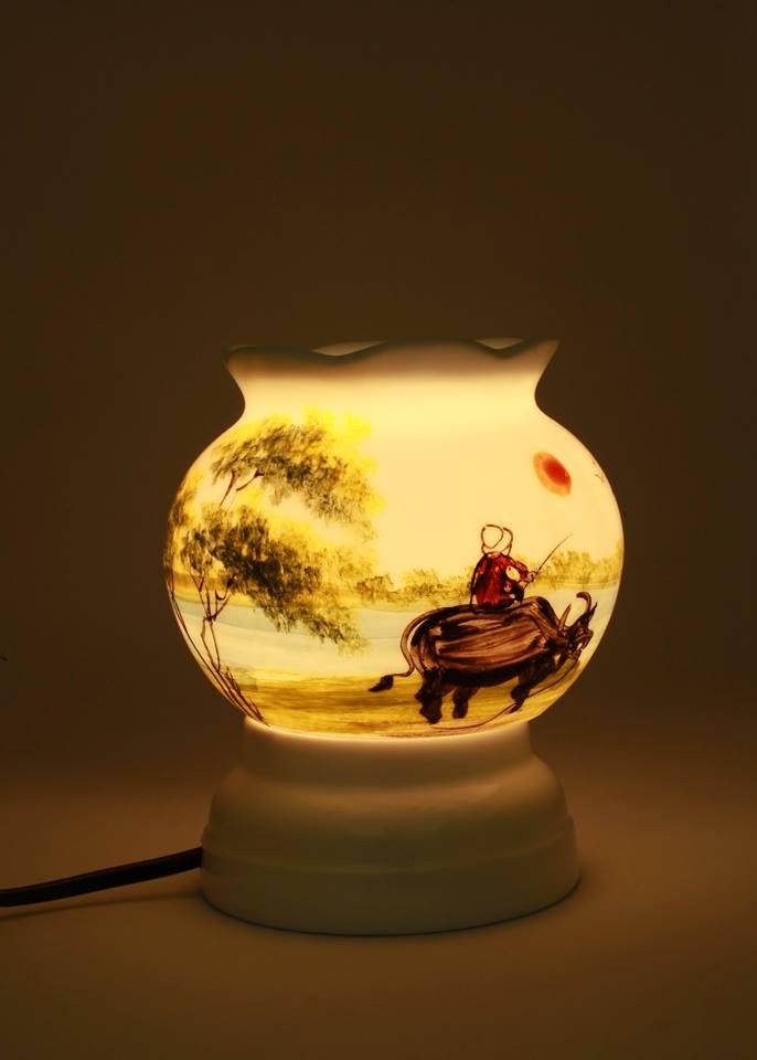 Đèn xông tinh dầu cao 12cm